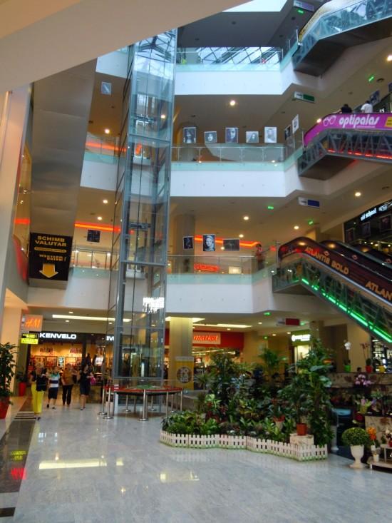 Uvertura Mall Botosani 9